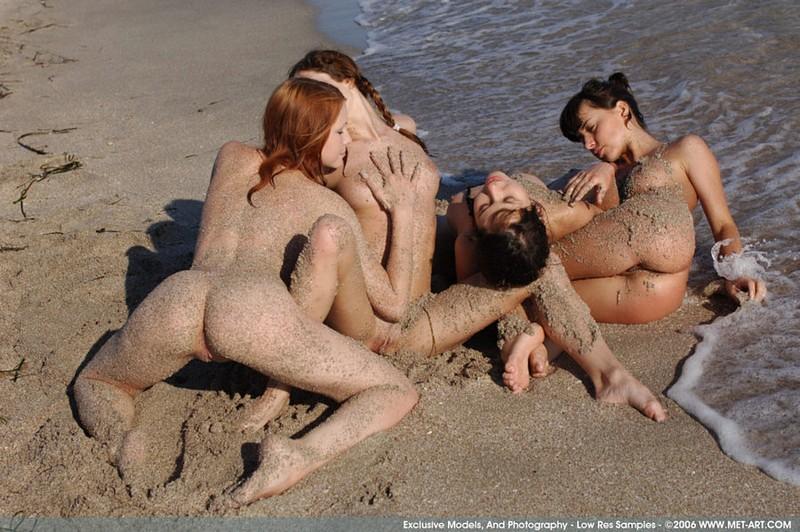 nude couples licking vegina